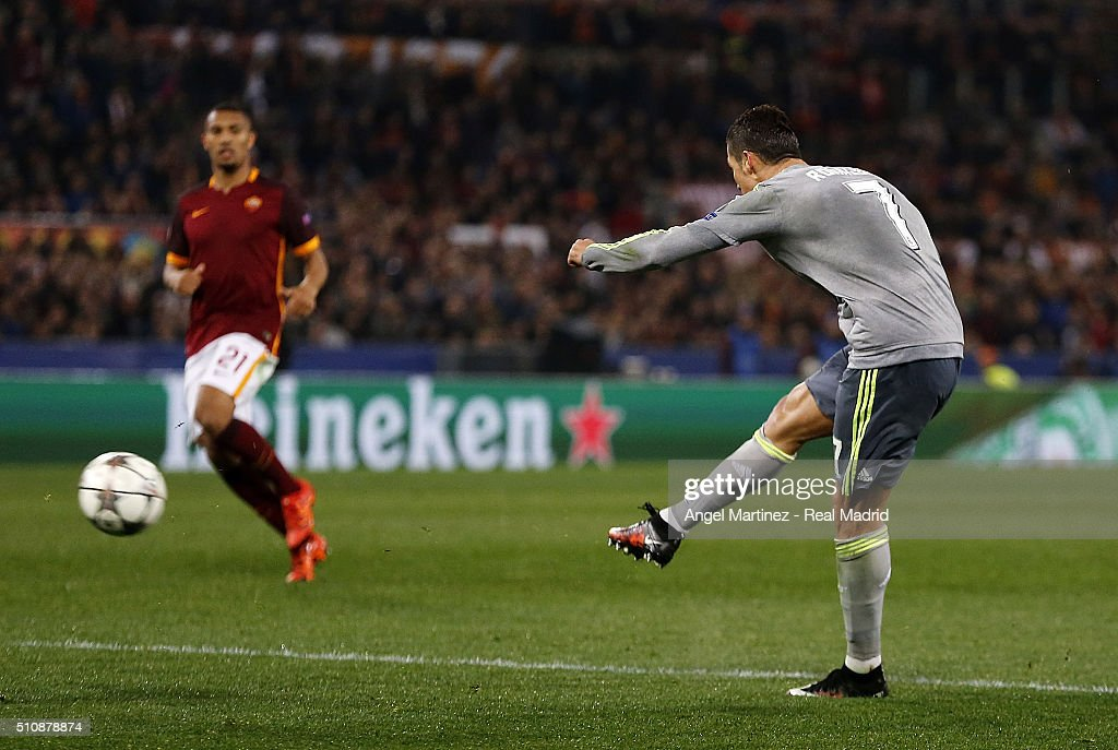 Cristiano Ronaldo of Real Madrid scores the opening goal during the UEFA Champions League Round of 16 First Leg match between AS Roma and Real Madrid CF at Stadio Olimpico on February 17, 2016 in Rome, Italy.
