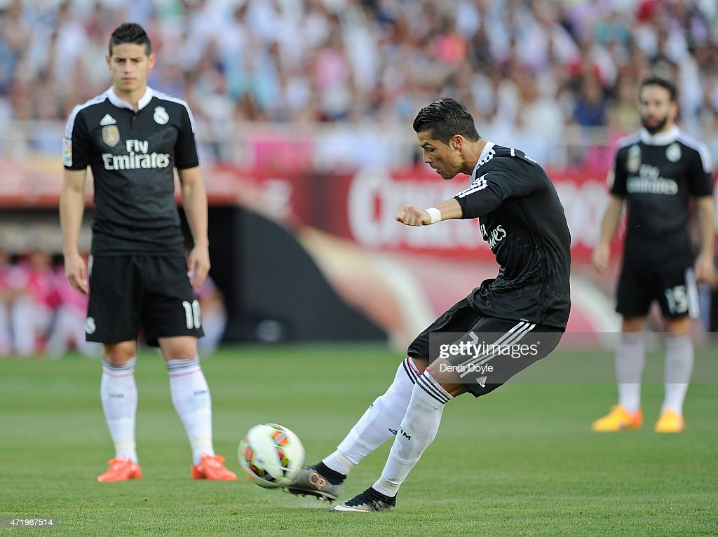how to take a free kick like ronaldo