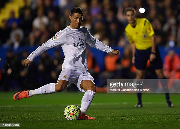 Cristiano Ronaldo of Real Madrid takes a shot on goal during the La Liga match between Levante UD and Real Madrid at Ciutat de Valencia on March 02...