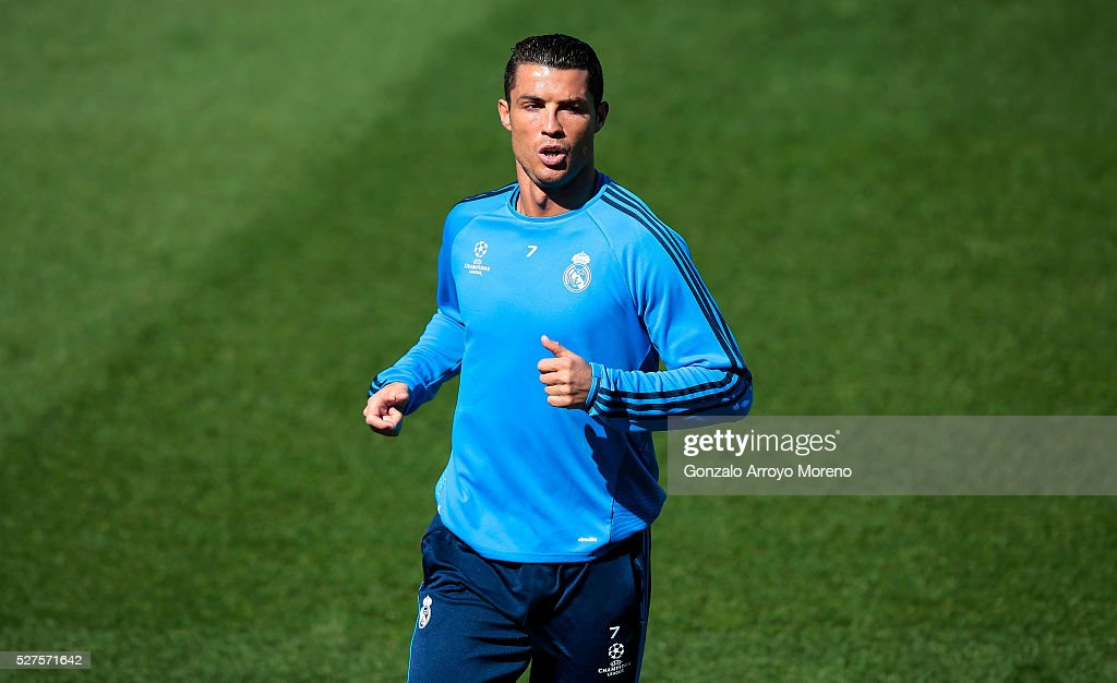 <a gi-track='captionPersonalityLinkClicked' href=/galleries/search?phrase=Cristiano+Ronaldo+-+Soccer+Player&family=editorial&specificpeople=162689 ng-click='$event.stopPropagation()'>Cristiano Ronaldo</a> of Real Madrid warms up during a training session ahead of the UEFA Champions League Semi Final Second Leg between Real Madrid and Manchester City at Valdebebas training ground on May 3, 2016 in Madrid, Spain.