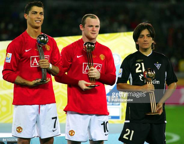 Cristiano Ronaldo Wayne Rooney of Manchester United and Alejandro Manso of Liga de Quito who awarded Silver Ball Gloden Ball and Blonze Ball...