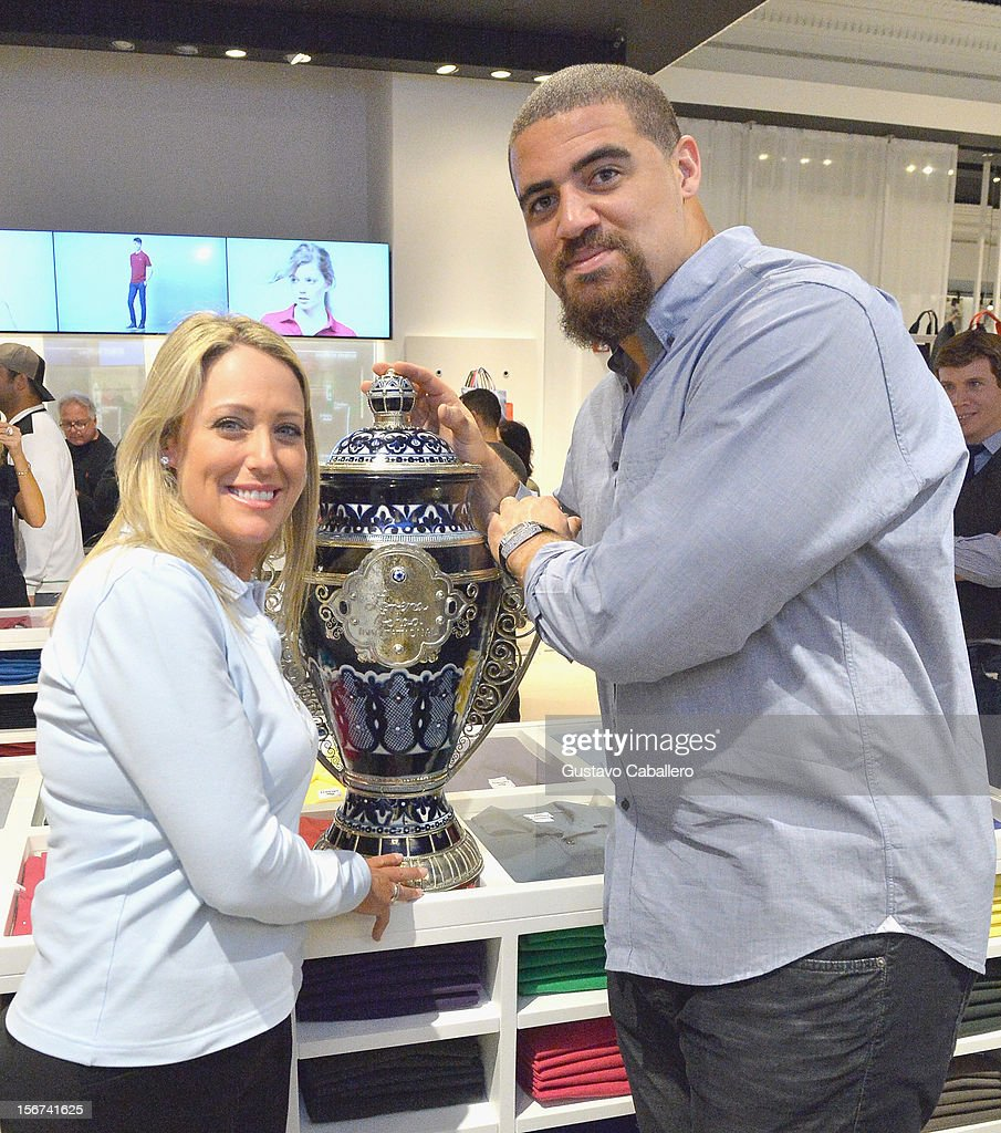 <a gi-track='captionPersonalityLinkClicked' href=/galleries/search?phrase=Cristie+Kerr&family=editorial&specificpeople=213495 ng-click='$event.stopPropagation()'>Cristie Kerr</a> and <a gi-track='captionPersonalityLinkClicked' href=/galleries/search?phrase=Jared+Odrick&family=editorial&specificpeople=3964504 ng-click='$event.stopPropagation()'>Jared Odrick</a> attend the Lacoste & Golf Digest Celebrate Links On Lincoln Honoring <a gi-track='captionPersonalityLinkClicked' href=/galleries/search?phrase=Cristie+Kerr&family=editorial&specificpeople=213495 ng-click='$event.stopPropagation()'>Cristie Kerr</a>on November 19, 2012 in Miami, Florida.