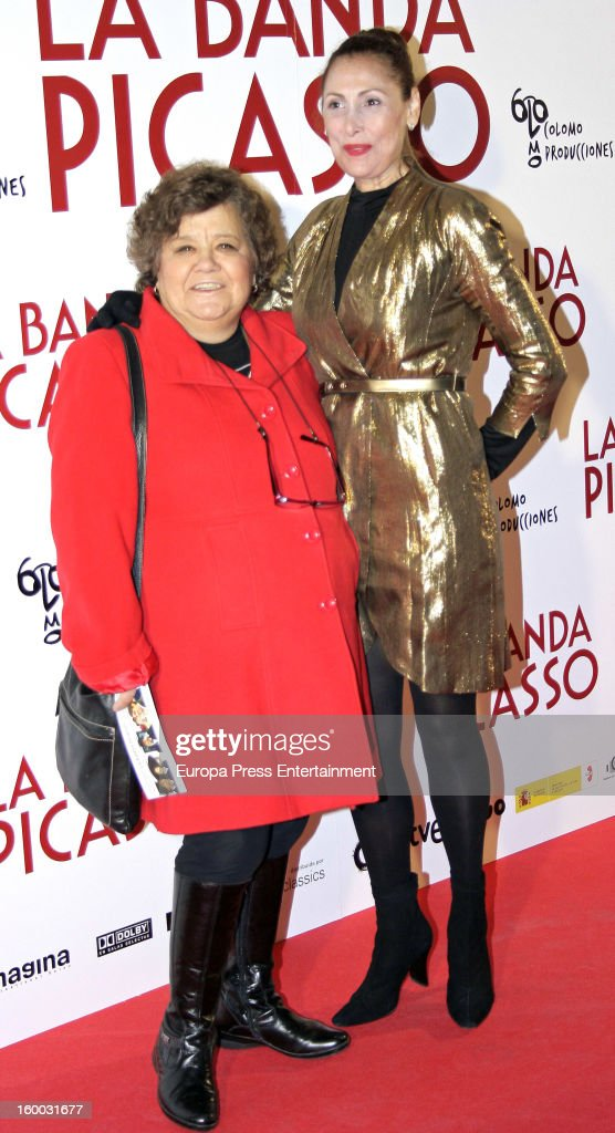 Cristina Almeida (L) and Maria Barranco attend 'La Banda Picasso' premiere on January 24, 2013 in Madrid, Spain.
