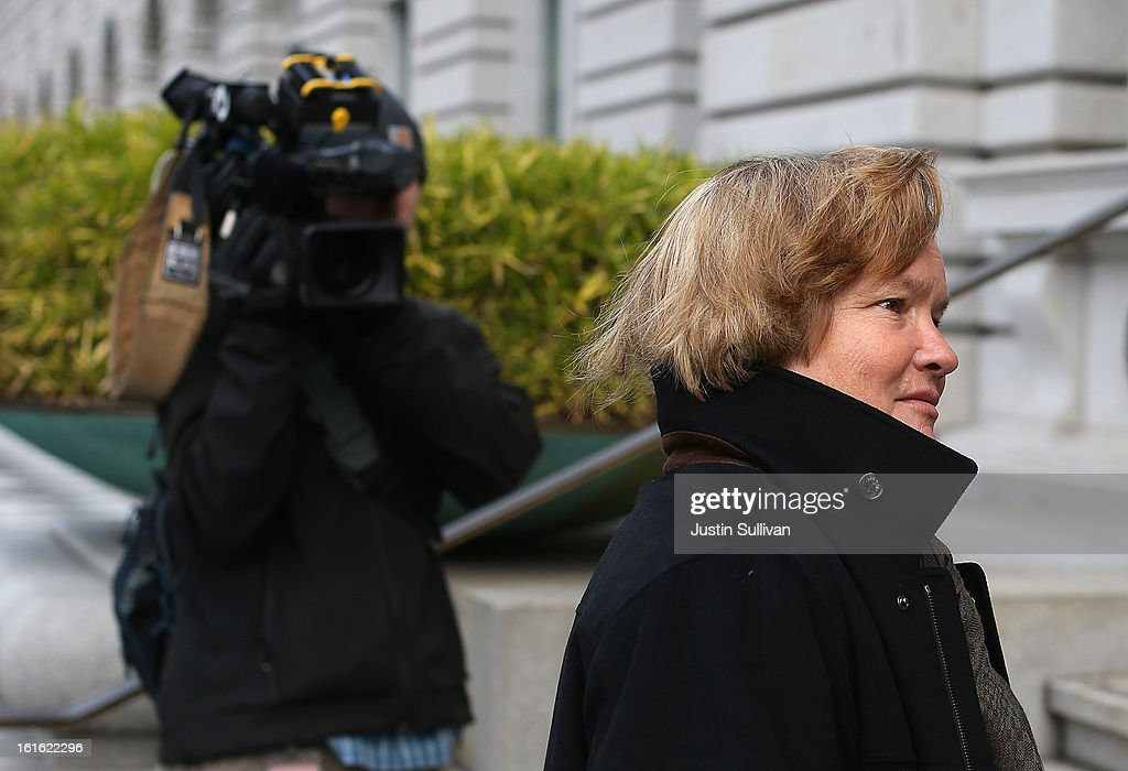 Cristina Arguedas, attorney for former Major League Baseball player Barry Bonds arrives at the U.S. Ninth Circuit Court of Appeals on February 13, 2013 in San Francisco, California. Attornies for former MLB player Barry Bonds are in court to appeal his obstruction of justice conviction after he gave evasive testimony in 2003 during a grand jury investigation of BALCO, the Bay Area labs at the center of the steroid scandal.
