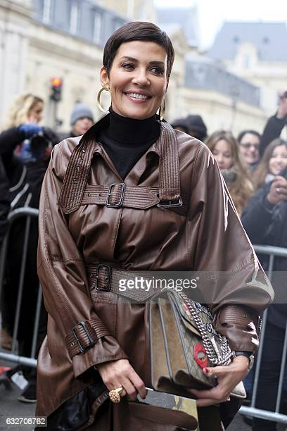 Cristina Cordula arrives before Jean Paul Gaultier 2017 spring/summer Haute Couture collection on January 25 2017 in Paris / AFP /