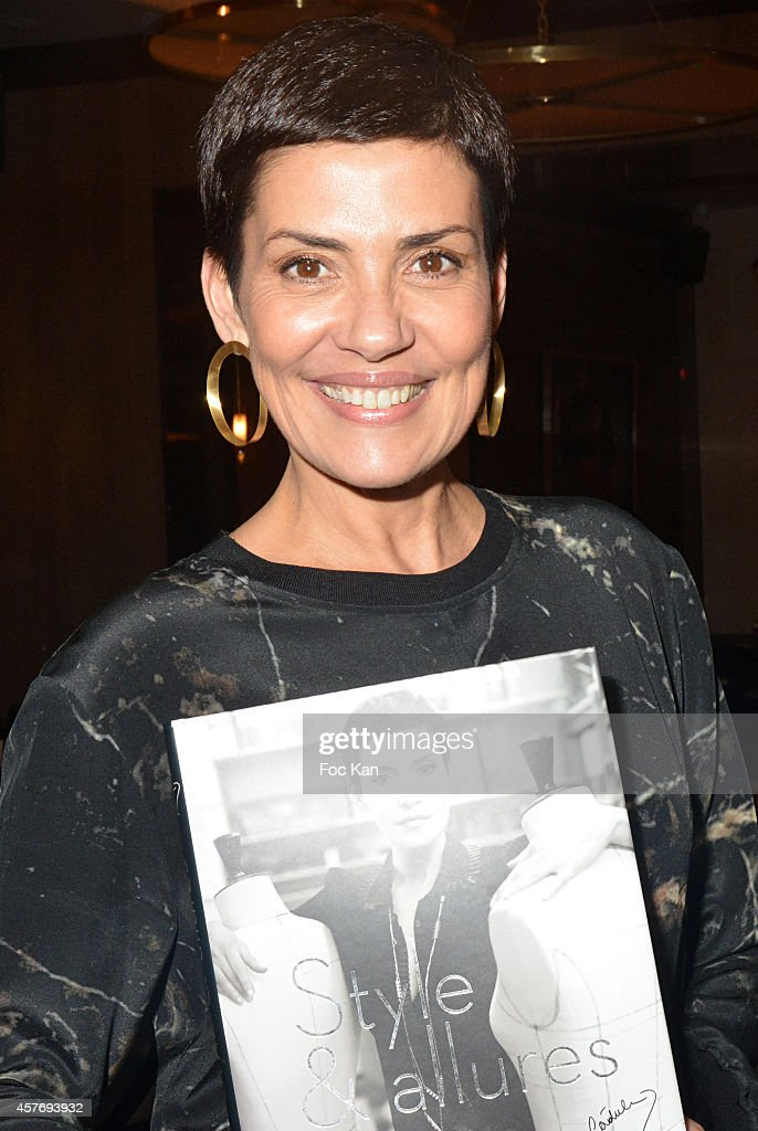 39 style et allure 39 s cristina cordula book signing at victoria 1836 in paris getty images. Black Bedroom Furniture Sets. Home Design Ideas