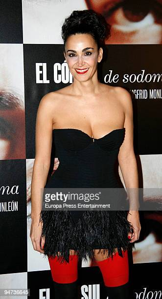 Cristina Rodriguez attends the premiere of 'El Consul de Sodoma' on December 17 2009 in Madrid Spain
