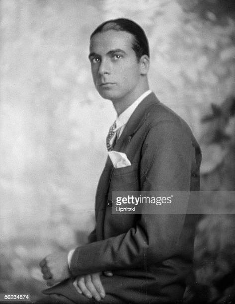 Cristobal Balenciaga spanish couturier France 1927 LIP12272