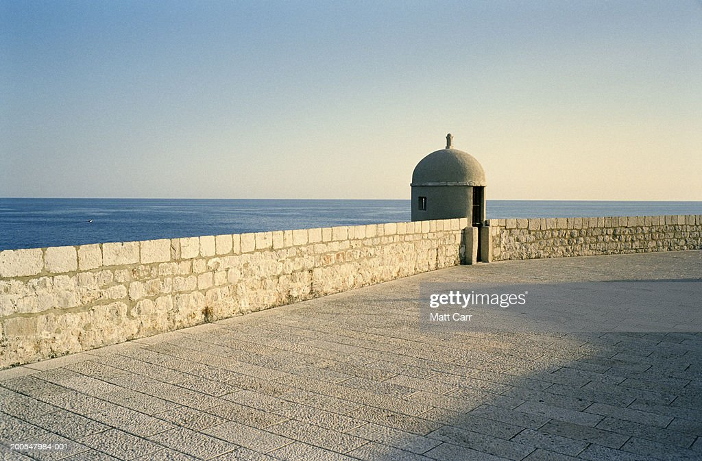 Croatia, Dubrovnik, view of the Adriatic Sea from city wall of Dubrovnik : Stock Photo