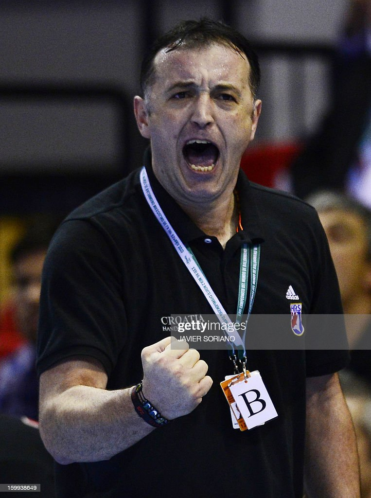 Croatia's coach Slavko Goluza reacts during the 23rd Men's Handball World Championships quarterfinal match France vs Croatia at the Pabellon Principe Felipe in Zaragoza on January 23, 2013. Croatia won 30-23. AFP PHOTO/ JAVIER SORIANO
