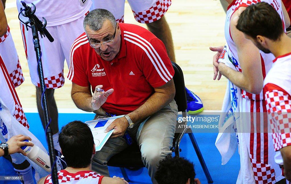 Croatia's Head coach Jasmin Repesa talks to his players during the Eurobasket 2013 championships qualifying basketball match Croatia vs Czech...