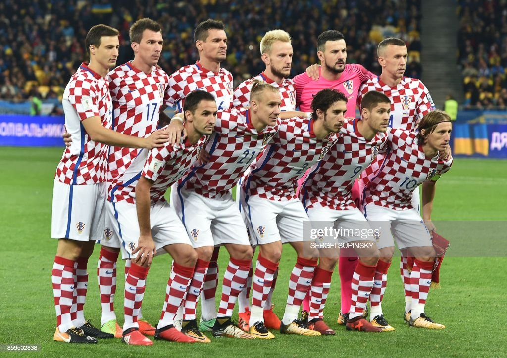 Croatia's players pose prior to the FIFA World Cup 2018 qualification football match between Ukraine and Croatia in Kiev on October 9, 2017. /