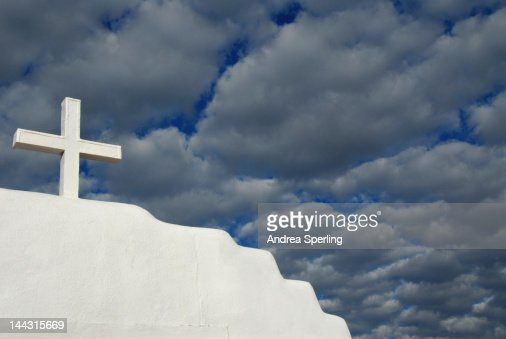 Cross at Taos Pueblo Church : Bildbanksbilder