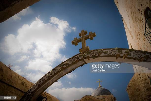 Attraversare su arco del Santo Sepolcro