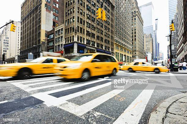 Crossroad Taxi Traffic New York City