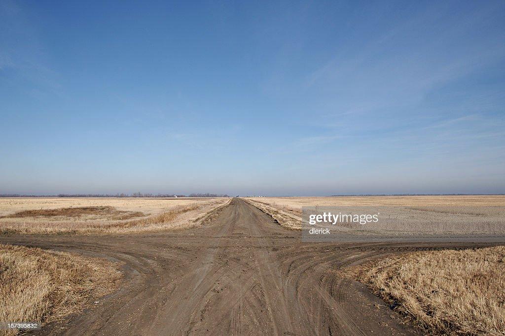 crossroads on prairie