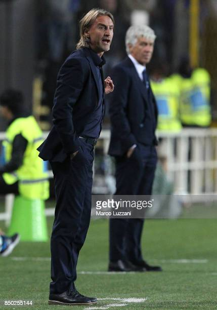 Crotone coach Davide Nicola issues instructions to his players during the Serie A match between Atalanta BC and FC Crotone at Stadio Atleti Azzurri...