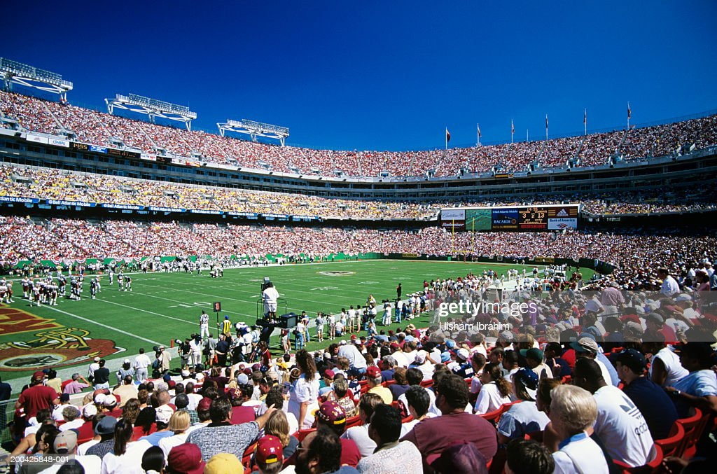 Crowd at football game in FedEx Field : Stock Photo