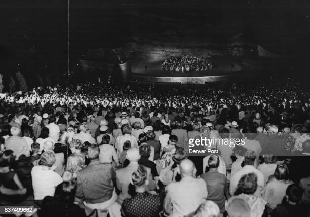 A crowd of about 5000 hears the 100piece US Army Field band and 30voice Soldier's chorus program of popular and concert music Monday night in Red...