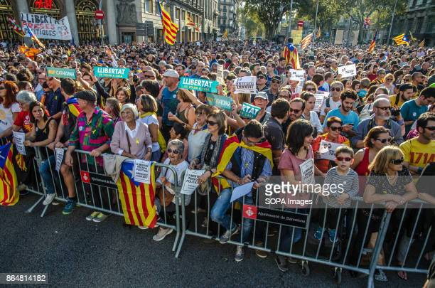A crowd of proindependence supporters awaiting the passage of the members of the catalan Government and authorities About 450000 people have been...