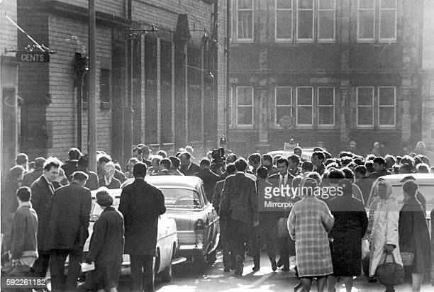 Crowd scene outside Hyde Court Manchester 20th October 1965 The Moors murders were carried out by Ian Brady and Myra Hindley between July 1963 and...