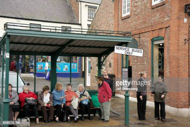 Crowded bus station at Market Place in Thirsk