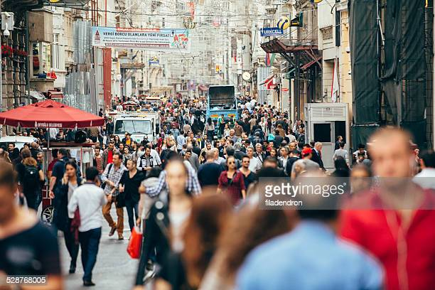 Affollato Istiklal street a Istanbul