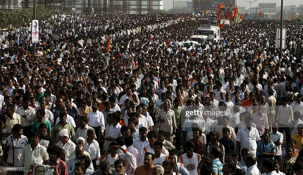Crowds gather for funeral of Balasaheb Thackray on November 18, 2012 in Mumbai, India. Bala Saheb Thackeray passed away on November 17, 2012 after cardiac arrest.