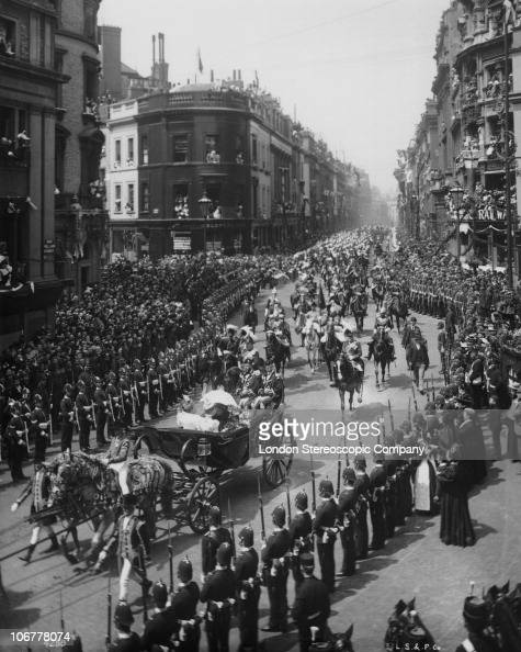 Crowds lining King William Street London to watch Queen Victoria's carriage passing during her Diamond Jubilee procession 22nd June 1897