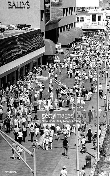 Crowds on the boardwalk in Atlantic City