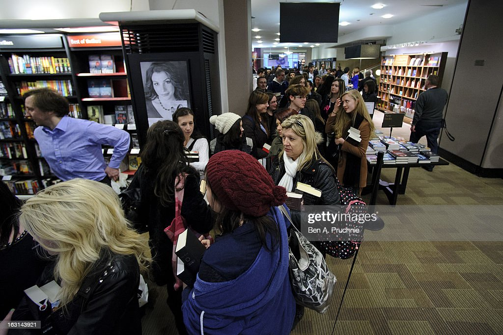 Crowds wait to meet Stephenie Meyer as she signs copies of her book at Waterstones, Piccadilly on March 5, 2013 in London, England.