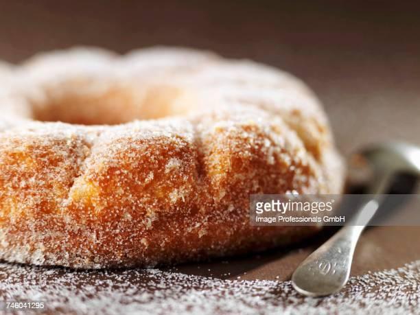 Crown cake coated in sugar