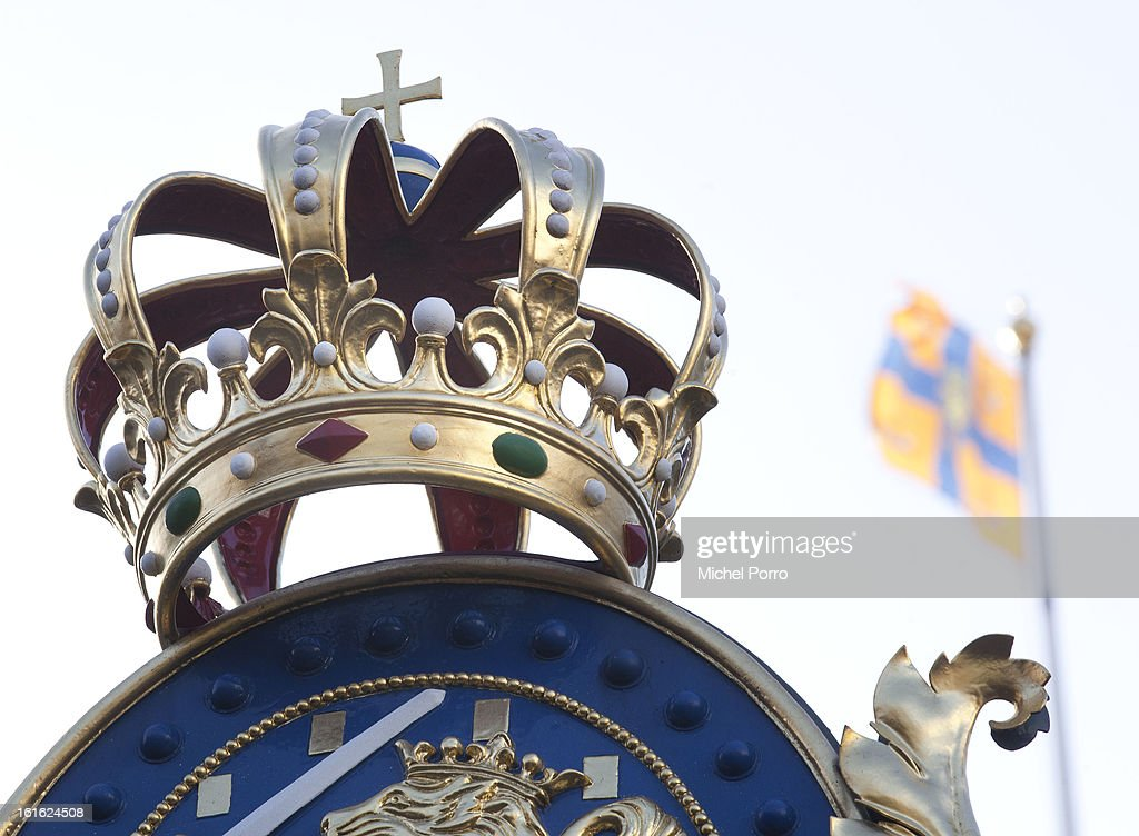 A crown decorates the Noordeinde Palace, the future work location of King Willem Alexander on February 13, 2013 in The Hague, Netherlands. The coronation Of Prince Willem Alexander will happen on April 30