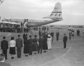 Crown Prince Akihito greets to his family members upon arrival at Haneda Airport on October 12 1953 in Tokyo Japan Crown Prince Akihito makes a trip...