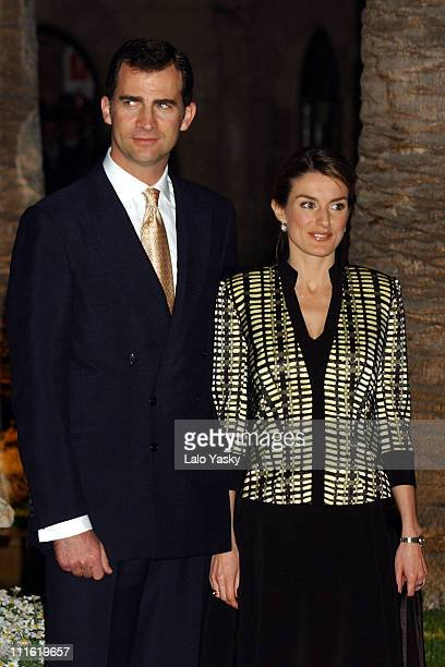 Crown Prince Felipe and 3 months pregnant Princess Letizia attend a dinner at the Almudaina Palace in Mallorca Spain on May 10 2005 during the second...