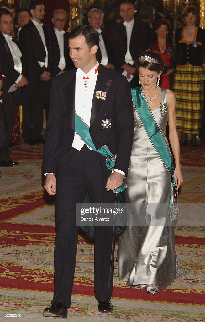 Crown Prince Felipe and Princess Letizia of Spain attend a reception for the Hungarian President and his wife at the Royal Palace on January 31, 2005 in Madrid, Spain.