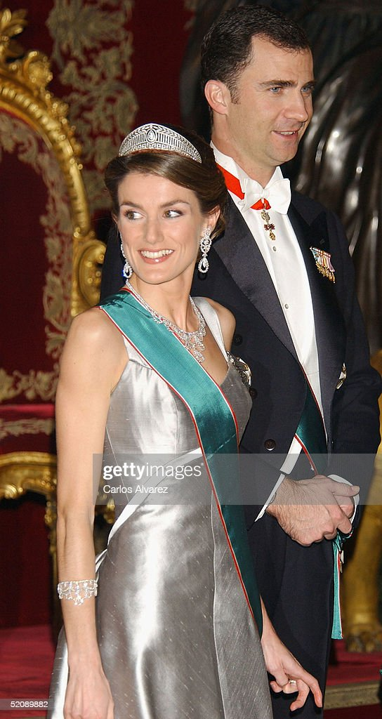 Crown Prince Felipe and Princess Letizia of Spain receive the Hungarian President and his wife at a Gala Dinner, at the Royal Palace in Madrid on January 31, 2005 in Madrid, Spain.