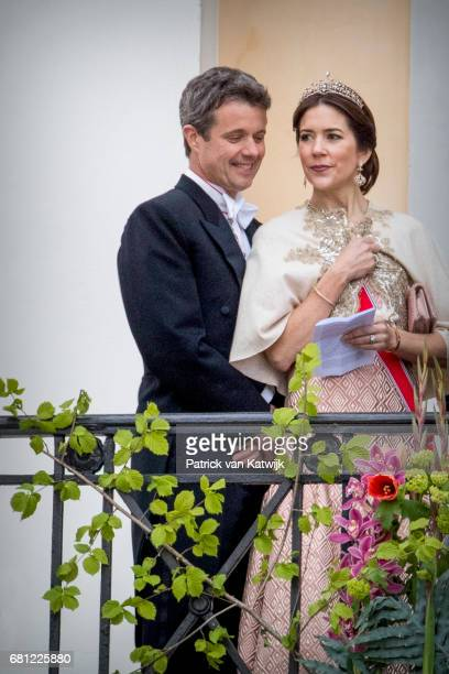 Crown Prince Frederik and Crown Princess Mary of Denmark attend the official Gala dinner at the Royal Palace on May 9 2017 in Oslo Norway King Harald...