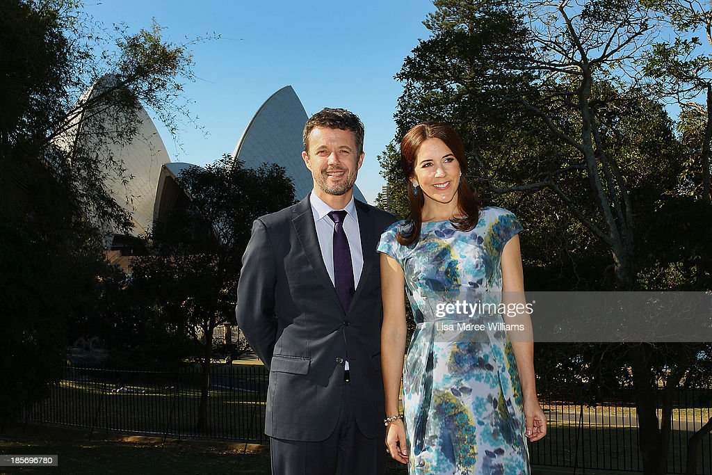 Crown Prince Frederik and Crown Princess Mary of Denmark pose in the gardens of Government House on October 24, 2013 in Sydney, Australia. Prince Frederik and Princess Mary will visit Sydney for five days and will attend events to celebrate the 40th anniversary of the Sydney Opera House and the Danish architect who designed the landmark, Jorn Utzen.