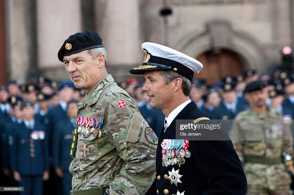 crown-prince-frederik-of-denmark-walks-with-general-peter-bartram-of-picture-id600009842