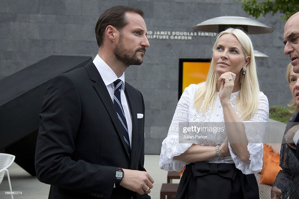 <a gi-track='captionPersonalityLinkClicked' href=/galleries/search?phrase=Crown+Prince+Haakon+of+Norway&family=editorial&specificpeople=158362 ng-click='$event.stopPropagation()'>Crown Prince Haakon of Norway</a> and <a gi-track='captionPersonalityLinkClicked' href=/galleries/search?phrase=Crown+Princess+Mette-Marit&family=editorial&specificpeople=171288 ng-click='$event.stopPropagation()'>Crown Princess Mette-Marit</a> of Norway attend a reception at SF MOMA, The San Francisco Musuem of Modern Art during day four of their week long visit to the USA, on May 8, 2013 in San Francisco, United States. The visit by TRH aims to promote Norwegian innovation and to celebrate 40 years of Norwegian participation at the annual Offshore Technology Conference.