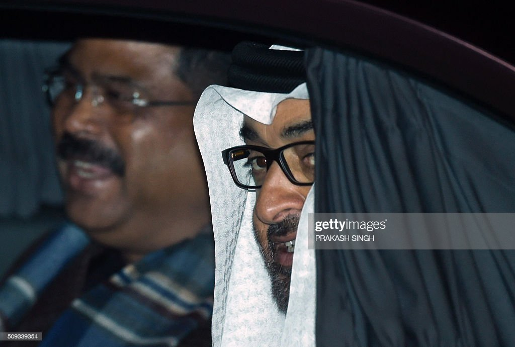 Crown Prince of Abu Dhabi Sheikh Mohammed Bin Zayed Al Nahyan arrives at an air force base in New Delhi on February 10, 2016. Abu Dhabi's crown prince is on a three day state visit to India. AFP PHOTO / Prakash SINGH / AFP / PRAKASH SINGH