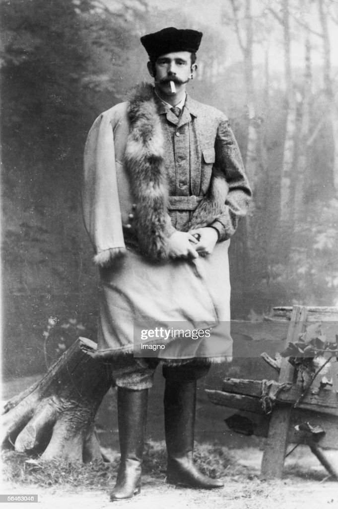 Crown prince Rudolf (1858-1889) in hunting dress. Photography, about 1880. (Photo by Imagno/Getty Images) [Kronprinz Rudolf (1858-1889) in Jagdkleidung. Photographie. Um 1880.]
