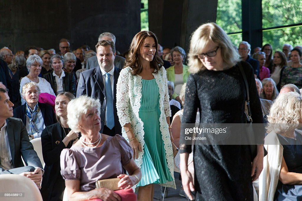 crown-princess-mary-arrives-to-the-preview-event-of-french-painter-picture-id595458912