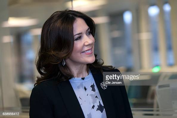 Crown Princess Mary during her visit at the 'Copenhagen Baby Heart' project at the Government Hospital on January 17 in Copenhagen Denmark The...
