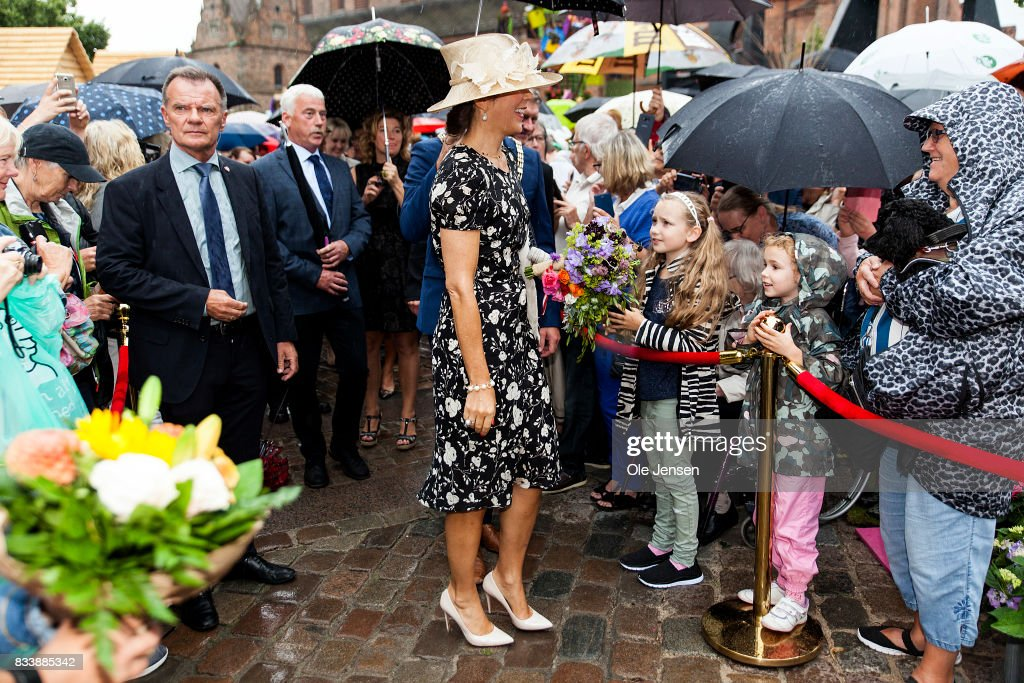 http://media.gettyimages.com/photos/crown-princess-mary-greet-spectators-at-odense-flower-festival-which-picture-id833885342