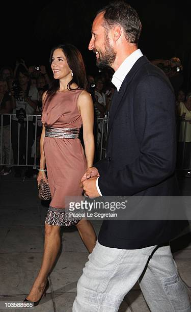 Crown Princess Mary of Denmark and Crown Prince Haakon of Norway arrive at Poseidon Grace Hotel on August 24 2010 in Spetsai Greece The small greek...