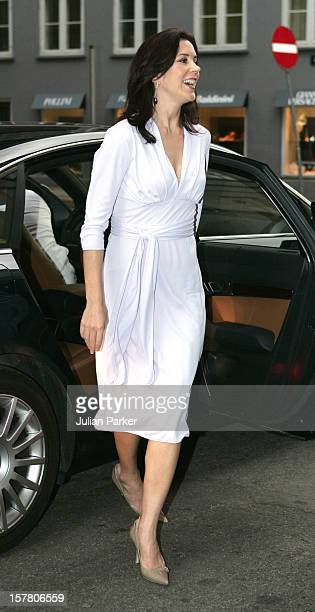 Crown Princess Mary Of Denmark Attends A Dinner At Restaurant 'Kong Hans Kaelder' In Copenhagen In Connection With Danish Fashion In North America