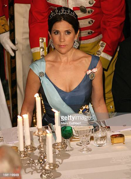 Crown Princess Mary Of Denmark Attends A State Banquet At Fredensborg Palace For The President Of Brazil Luiz Inacio Lula Da Silva His Wife Mrs Lula...