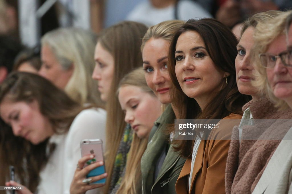 mary-crown-princess-of-denmark-attends-the-fonnesbech-show-the-week-picture-id588294554
